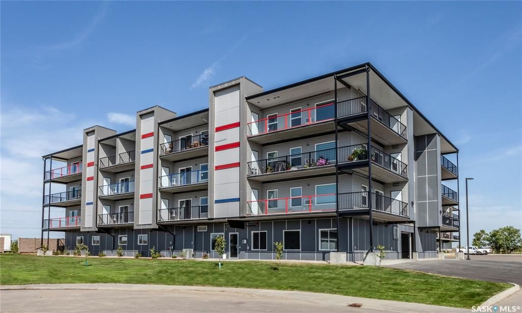 Main Photo: 302 131 Beaudry Crescent in Martensville: Residential for sale : MLS®# SK808317