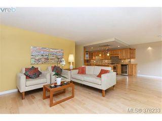 Photo 1: 104 420 Linden Ave in VICTORIA: Vi Fairfield West Condo for sale (Victoria)  : MLS®# 759474