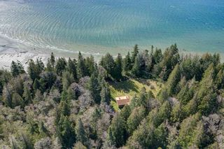 Photo 8: 135 HAIRY ELBOW Road in Seymour: Halfmn Bay Secret Cv Redroofs House for sale (Sunshine Coast)  : MLS®# R2556718