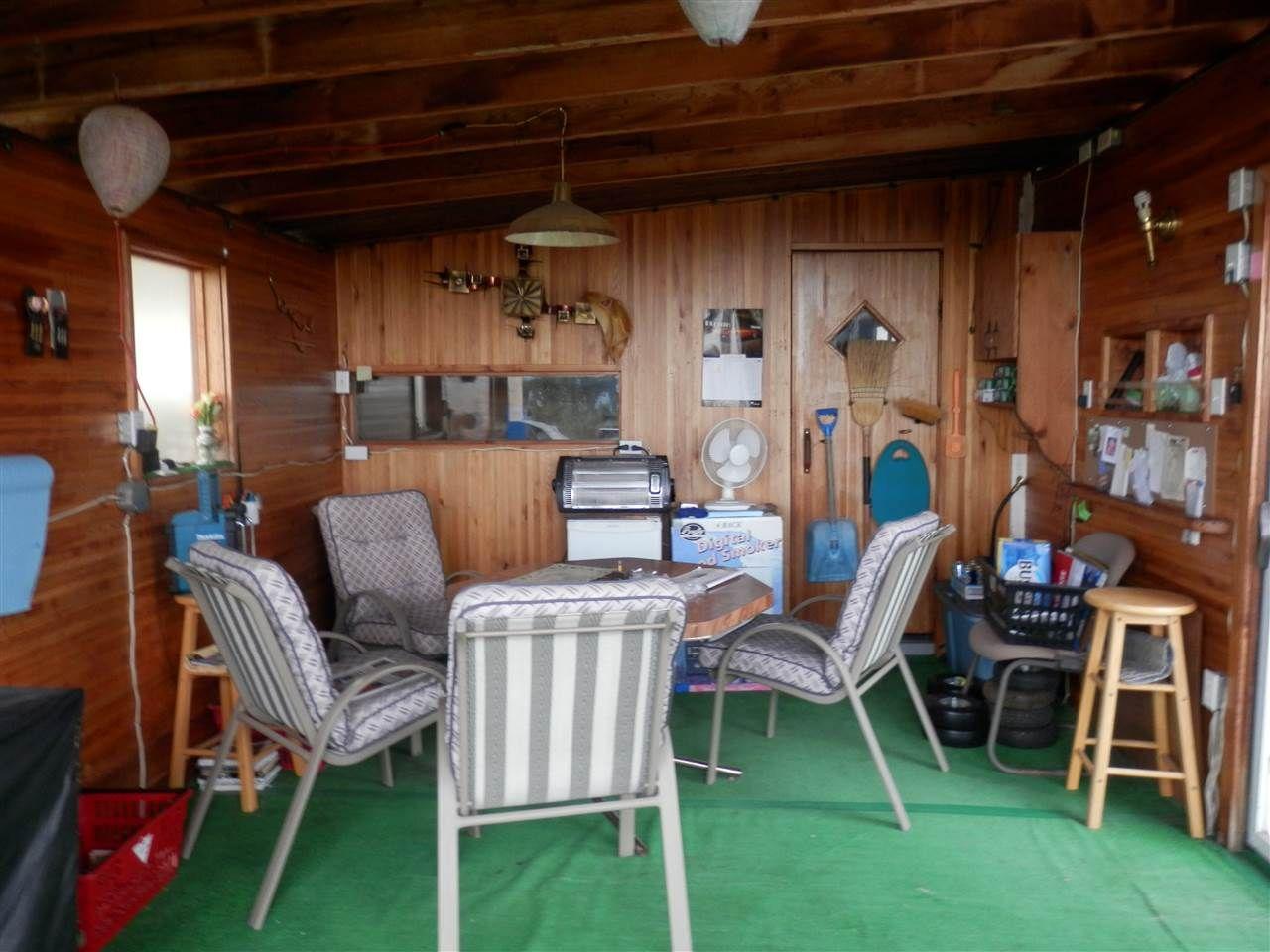 Photo 18: Photos: 935 HODGSON Road in Williams Lake: Esler/Dog Creek House for sale (Williams Lake (Zone 27))  : MLS®# R2414109