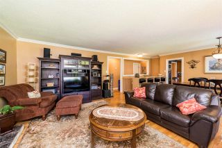 Photo 2: 1580 HAVERSLEY Avenue in Coquitlam: Central Coquitlam House for sale : MLS®# R2271583
