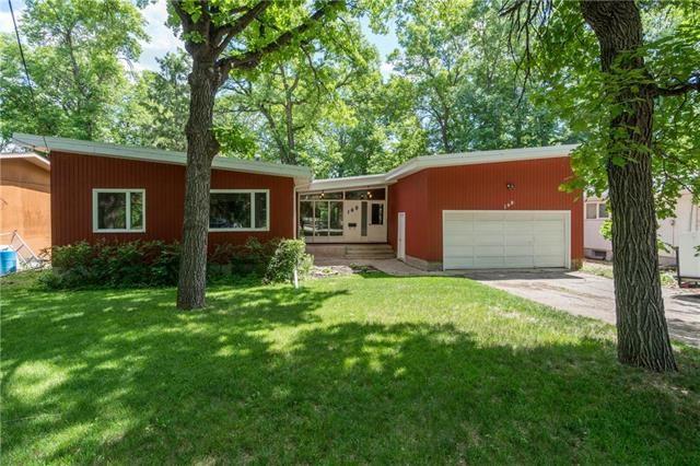 Main Photo: 168 St Pierre Street in Winnipeg: St Norbert Residential for sale (1Q)  : MLS®# 1916647