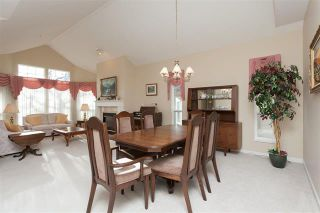 Photo 4: 2-9025 216th Street in Langley: Walnut Grove Townhouse for sale : MLS®# R2023148