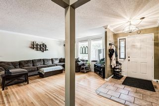 Photo 13: 82 Thornlee Crescent NW in Calgary: Thorncliffe Detached for sale : MLS®# A1146440