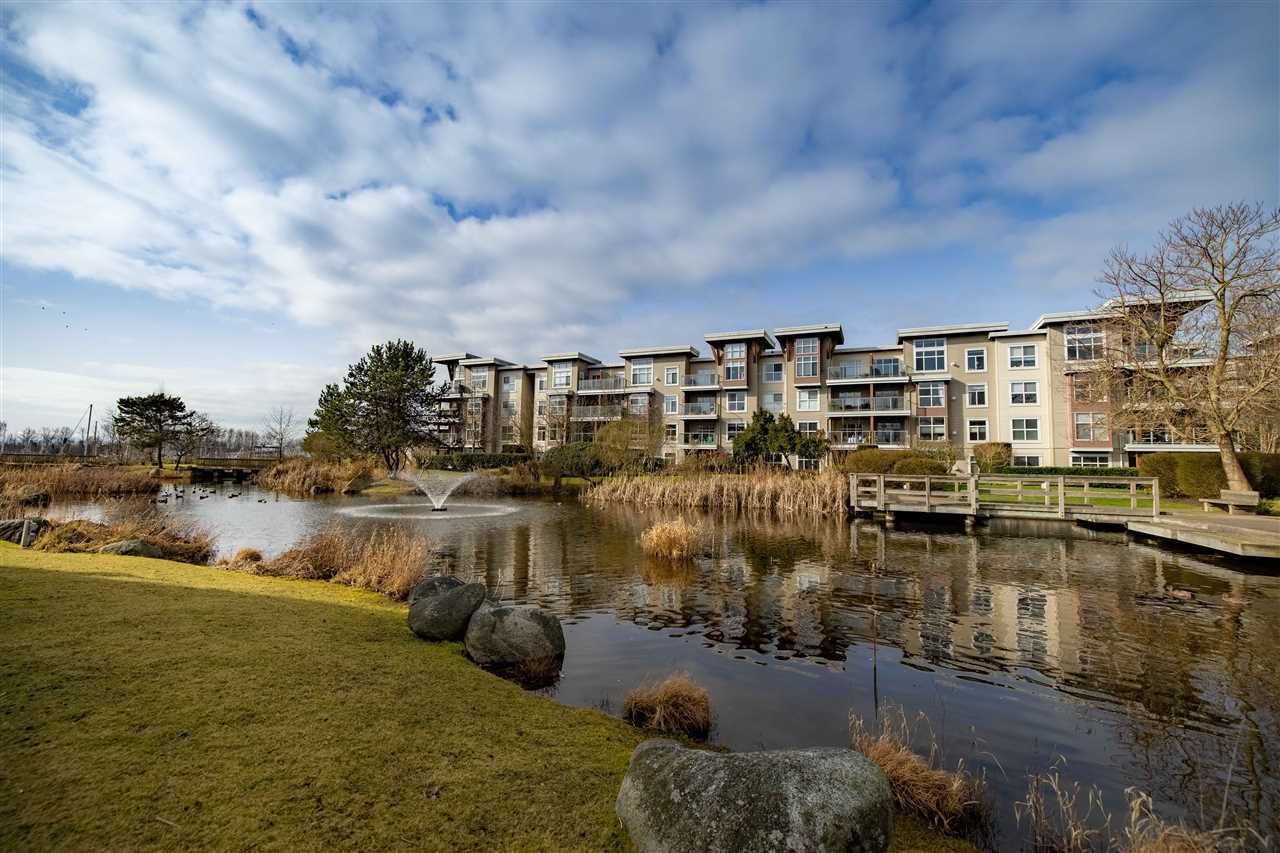 """Main Photo: 216 5700 ANDREWS Road in Richmond: Steveston South Condo for sale in """"RIVERS REACH"""" : MLS®# R2543939"""