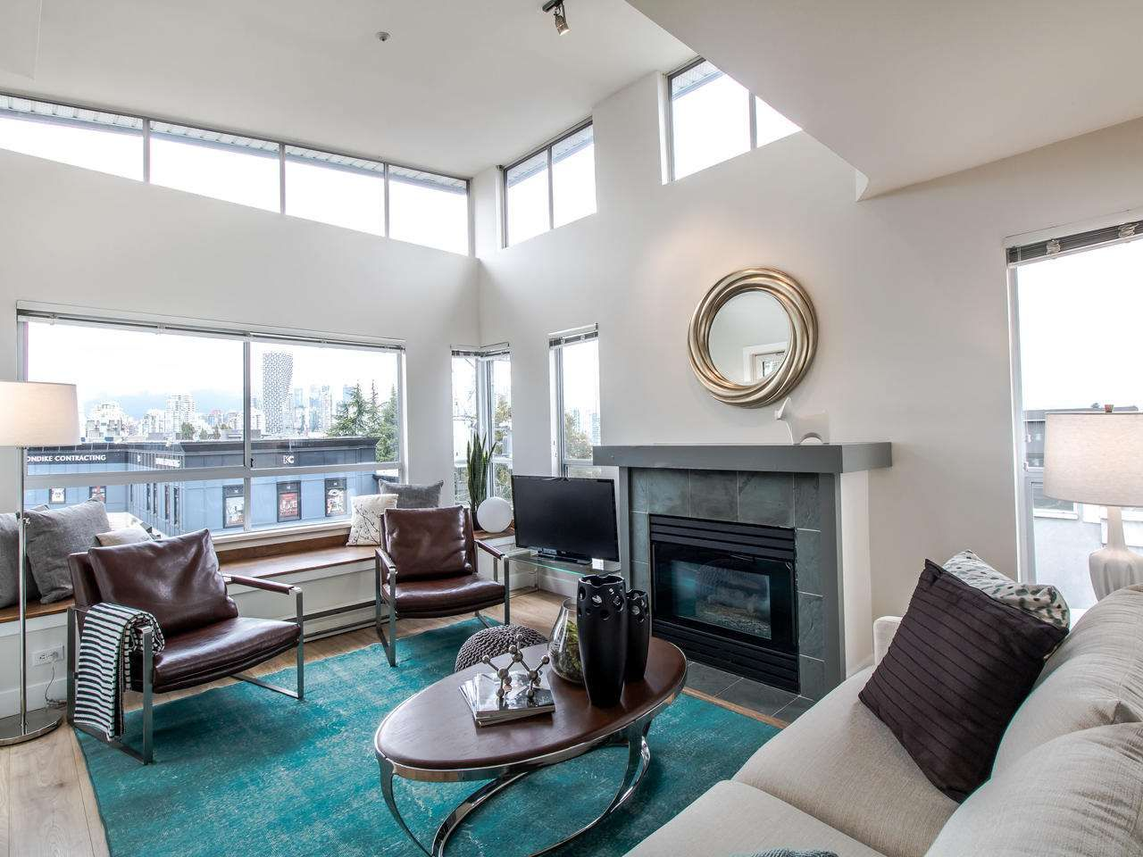 """Main Photo: 16 1388 W 6TH Avenue in Vancouver: Fairview VW Condo for sale in """"NOTTINGHAM"""" (Vancouver West)  : MLS®# R2411492"""