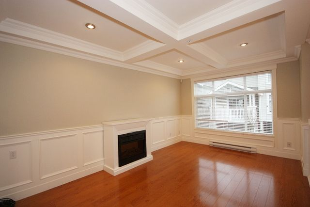 "Main Photo: 100 7179 201ST Street in Langley: Willoughby Heights Townhouse for sale in ""DENIM"" : MLS®# F1128743"