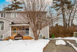 Photo 2: 36 Willowbend Court in Bridgewater: 405-Lunenburg County Residential for sale (South Shore)  : MLS®# 202101874