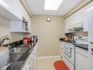 Photo 5: Vancouver West in Yaletown: Condo for sale : MLS®# R2079482