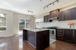 """Photo 5: 101 1125 KENSAL Place in Coquitlam: New Horizons Townhouse for sale in """"KENSAL WALK AT WINDSOR GATE"""" : MLS®# R2384199"""