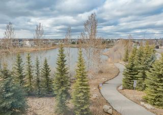 Photo 19: 4 Eversyde Park SW in Calgary: Evergreen Row/Townhouse for sale : MLS®# A1098809
