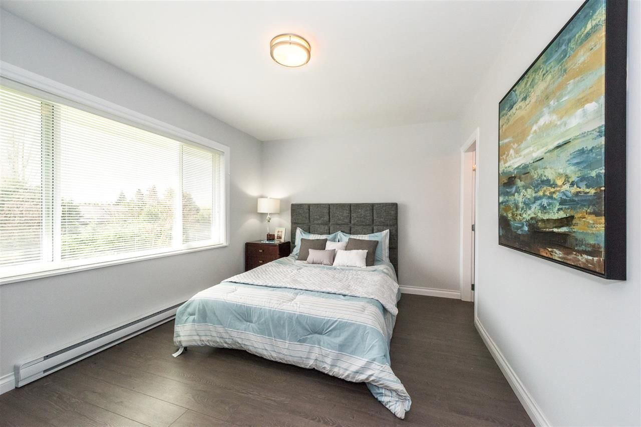 Photo 9: Photos: 5695 BROADWAY Street in Burnaby: Parkcrest House for sale (Burnaby North)  : MLS®# R2156672