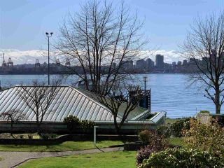"""Photo 23: 2201 33 CHESTERFIELD Place in North Vancouver: Lower Lonsdale Condo for sale in """"Harbourview Park"""" : MLS®# R2549622"""