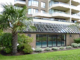 "Photo 4: 803 5790 PATTERSON Avenue in Burnaby: Metrotown Condo for sale in ""THE REGENT"" (Burnaby South)  : MLS®# R2084619"