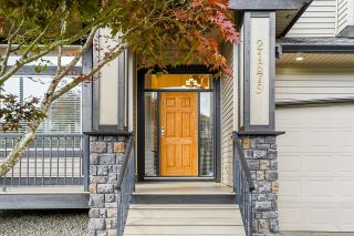 """Photo 3: 21679 90B Avenue in Langley: Walnut Grove House for sale in """"MADISON PARK"""" : MLS®# R2613608"""