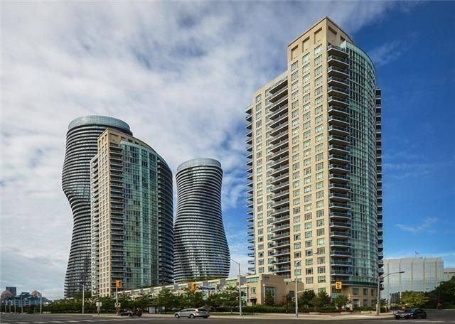 Main Photo: 90 Absolute Ave Unit #606 in Mississauga: City Centre Condo for sale : MLS®# W3402364