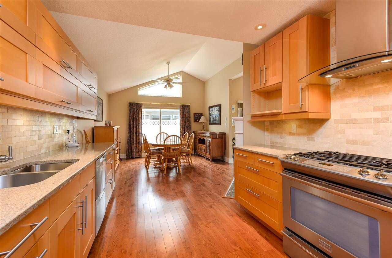 """Photo 9: Photos: 174 8485 YOUNG Road in Chilliwack: Chilliwack W Young-Well Townhouse for sale in """"Hazelwood Grove"""" : MLS®# R2452221"""