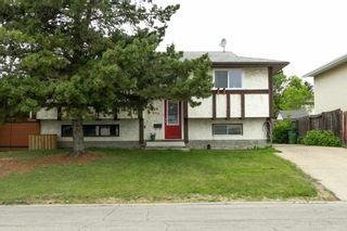 Photo 3: 2908 84 Street in Edmonton: Zone 29 House for sale : MLS®# E4249144