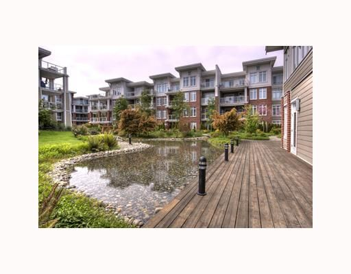 """Main Photo: 204 4211 BAYVIEW Street in Richmond: Steveston South Condo for sale in """"THE VILLAGE 2 IMPERIAL LANDING"""" : MLS®# V710020"""