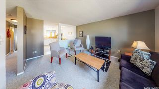 Photo 4: 63 Spruceview Road in Regina: Uplands Residential for sale : MLS®# SK848999