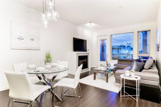 Photo 1: 502 119 W 22ND STREET in North Vancouver: Central Lonsdale Condo for sale : MLS®# R2389274