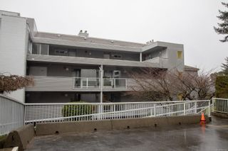 Photo 28: 302 2560 Departure Bay Rd in : Na Departure Bay Condo for sale (Nanaimo)  : MLS®# 864163