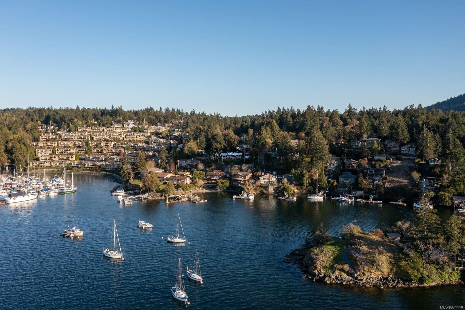 Main Photo: 800 Sea Dr in : CS Brentwood Bay House for sale (Central Saanich)  : MLS®# 874148