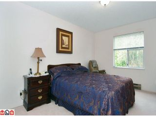 """Photo 8: 1 6537 138TH Street in Surrey: East Newton Townhouse for sale in """"CHARLESTON GREEN"""" : MLS®# F1006130"""