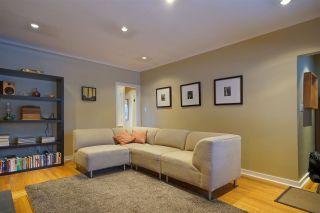 Photo 3: 3648 TURNER STREET in Vancouver: Renfrew VE House for sale (Vancouver East)  : MLS®# R2138053