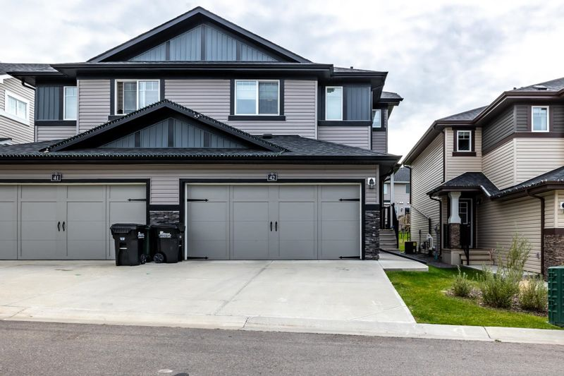 FEATURED LISTING: 42 - 21 AUGUSTINE Crescent Sherwood Park