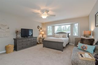 Photo 12: 8839 214 Place in Langley: Walnut Grove House for sale : MLS®# R2374521