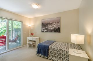 """Photo 13: 122 15168 36 Avenue in Surrey: Morgan Creek Townhouse for sale in """"Solay"""" (South Surrey White Rock)  : MLS®# R2185197"""