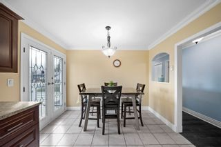 Photo 10: 1370 OAK Place in Squamish: Brackendale House for sale : MLS®# R2614210