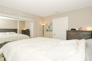 "Photo 13: 1201 9981 WHALLEY Boulevard in Surrey: Whalley Condo for sale in ""TWO PARK PLACE"" (North Surrey)  : MLS®# R2482437"