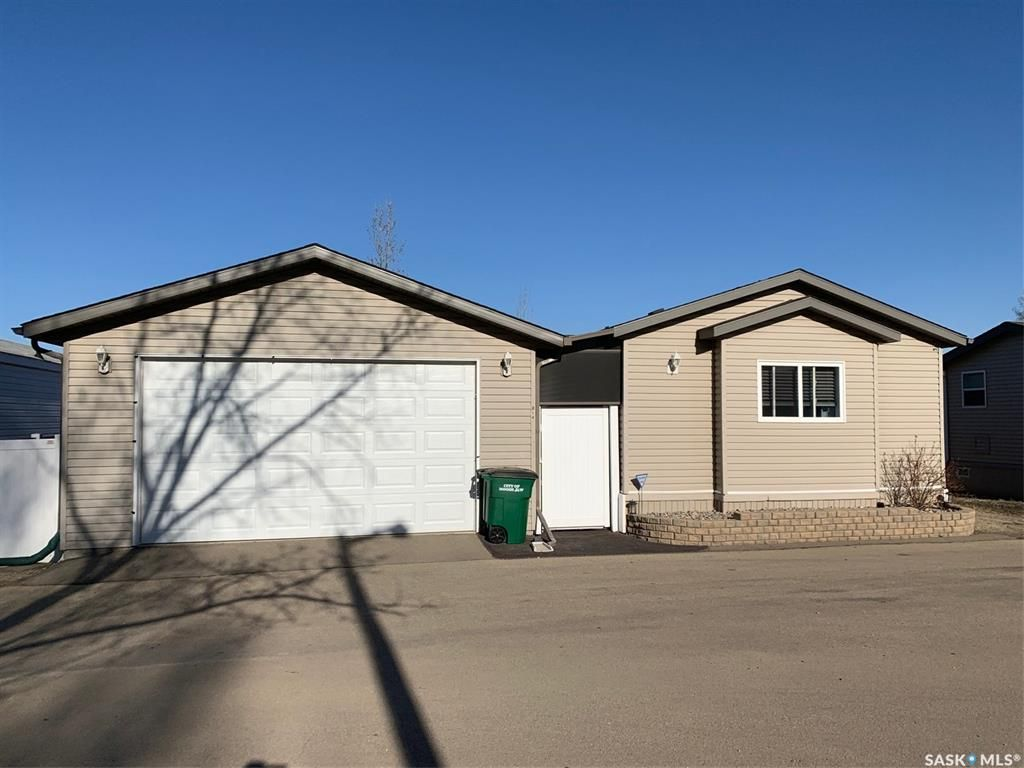 Main Photo: G 14 Praire Oasis Trail in Moose Jaw: Hillcrest MJ Residential for sale : MLS®# SK847290