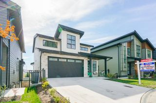 Photo 2: 34868 ACKERMAN Court in Abbotsford: Abbotsford East House for sale : MLS®# R2618716