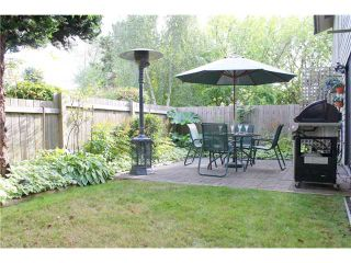"""Photo 1: 7348 ELK VALLEY Place in Vancouver: Champlain Heights Townhouse for sale in """"PARKLANE"""" (Vancouver East)  : MLS®# V911866"""