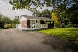 Photo 2: 44 Redden Avenue in Kentville: 404-Kings County Residential for sale (Annapolis Valley)  : MLS®# 202120593