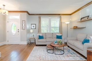 """Photo 5: 22961 BILLY BROWN Road in Langley: Fort Langley Condo for sale in """"BEDFORD LANDING"""" : MLS®# R2482355"""