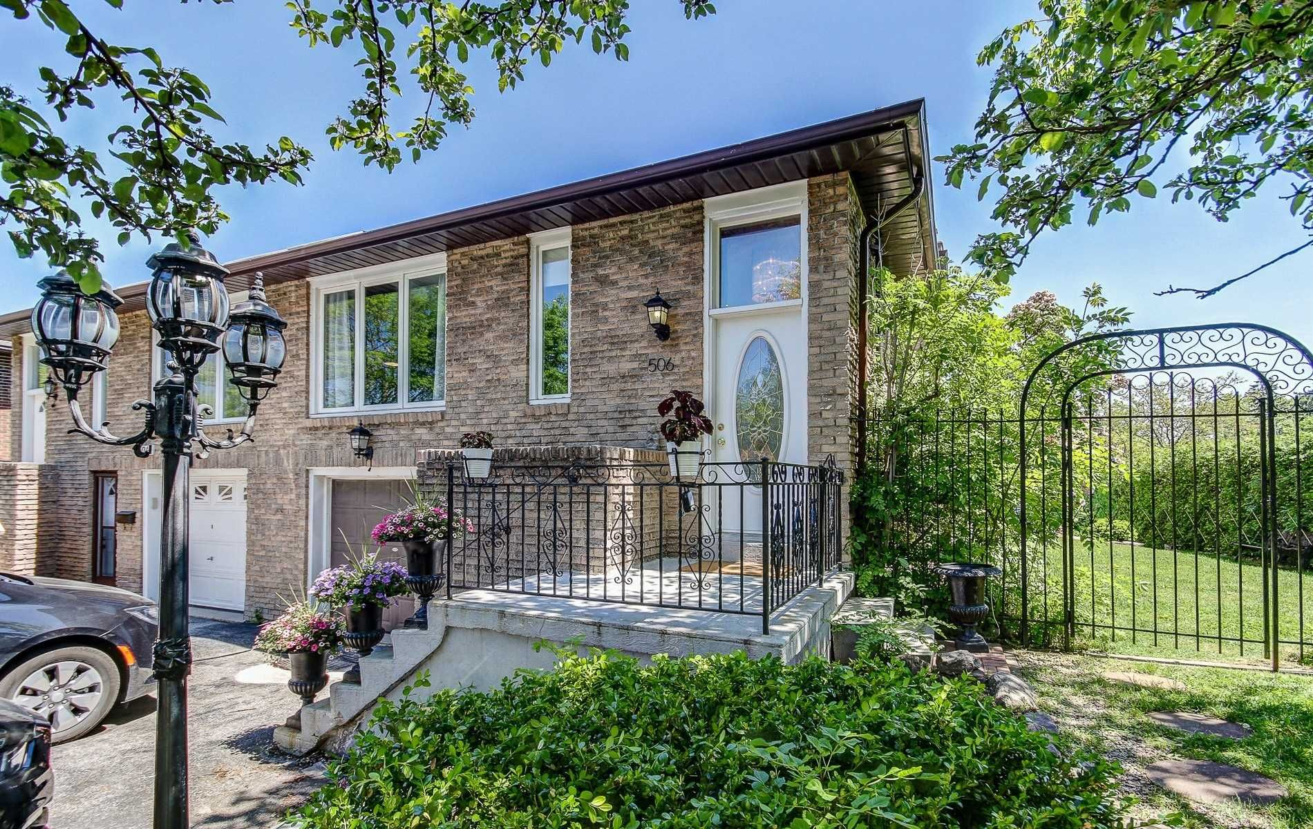 Main Photo: 506 Appledore Crescent in Mississauga: Cooksville House (Backsplit 5) for sale : MLS®# W4482006