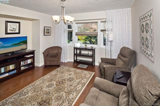Photo 11: 4687 Sunnymead Way in VICTORIA: SE Sunnymead House for sale (Saanich East)  : MLS®# 780040