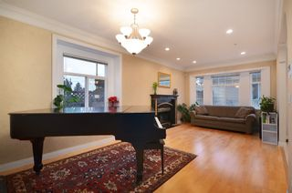 Photo 2:  in Vancouver: Marpole Home for sale ()  : MLS®# V990303
