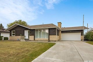 Main Photo: 49 Simpson Crescent in Saskatoon: Greystone Heights Residential for sale : MLS®# SK874100