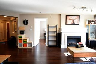 "Photo 4: 1321 5115 GARDEN CITY Road in Richmond: Brighouse Condo for sale in ""LION'S PARK"" : MLS®# R2347775"