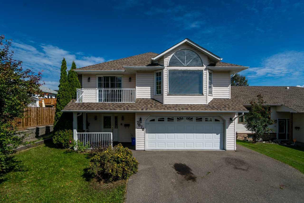 Main Photo: 7070 SOUTHRIDGE Avenue in Prince George: St. Lawrence Heights House for sale (PG City South (Zone 74))  : MLS®# R2402685