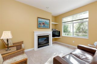 """Photo 6: 152 2979 PANORAMA Drive in Coquitlam: Westwood Plateau Townhouse for sale in """"Deercrest Estates"""" : MLS®# R2411444"""