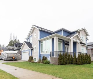 "Photo 2: 11567 RIVER Wynd in Maple Ridge: Southwest Maple Ridge House for sale in ""Haney Urban Area"" : MLS®# R2438731"