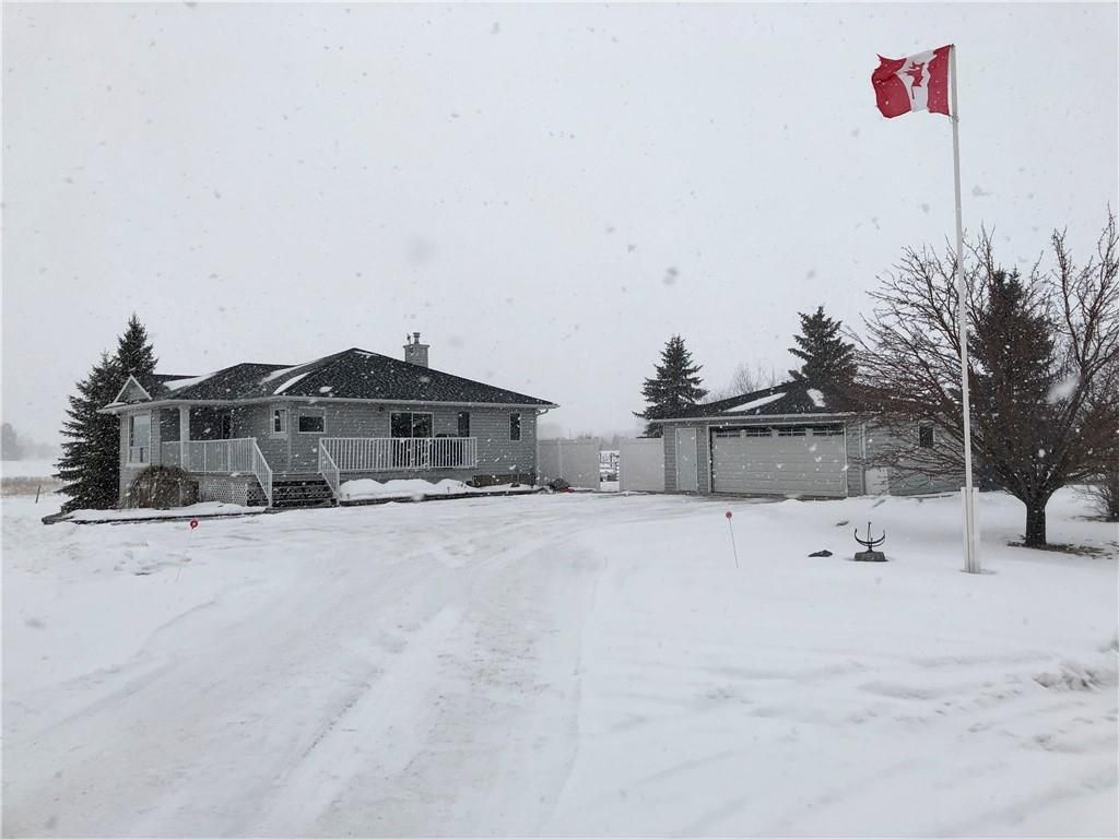 Main Photo: 112079 273 Avenue E: Rural Foothills County Detached for sale : MLS®# C4286333