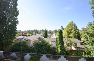 """Photo 13: 208 33850 FERN Street in Abbotsford: Central Abbotsford Condo for sale in """"Fernwood Manor"""" : MLS®# R2476196"""