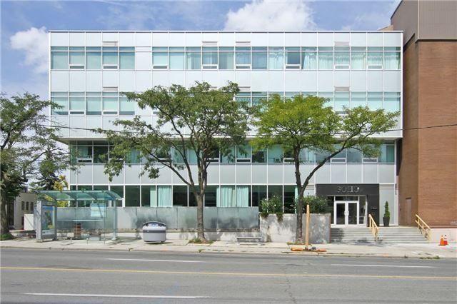 Main Photo: 307 562 E Eglinton Avenue in Toronto: Mount Pleasant East Condo for lease (Toronto C10)  : MLS®# C3625636
